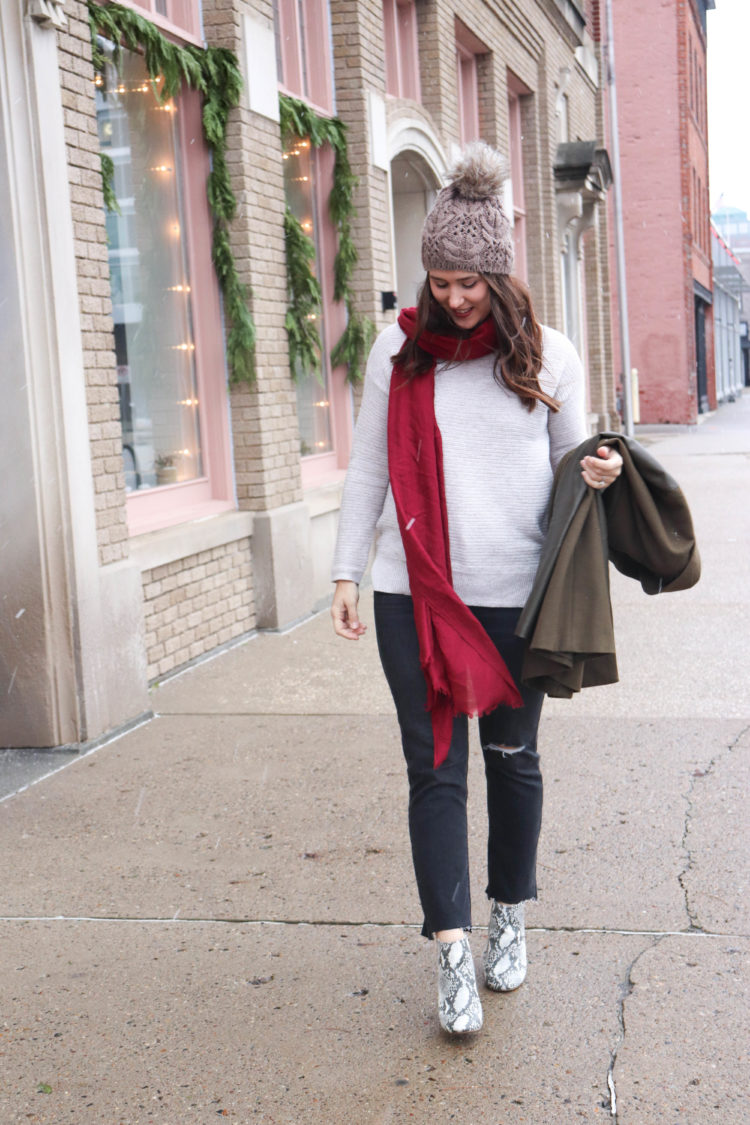 How I Avoid The Holiday Rush - Old Navy Sweater